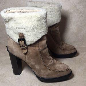 tods heeled suede tan fur boot 111